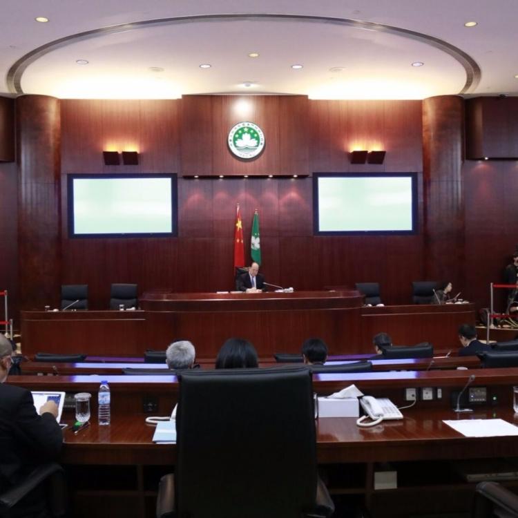 立法會通過辯論全民醫保制度方案