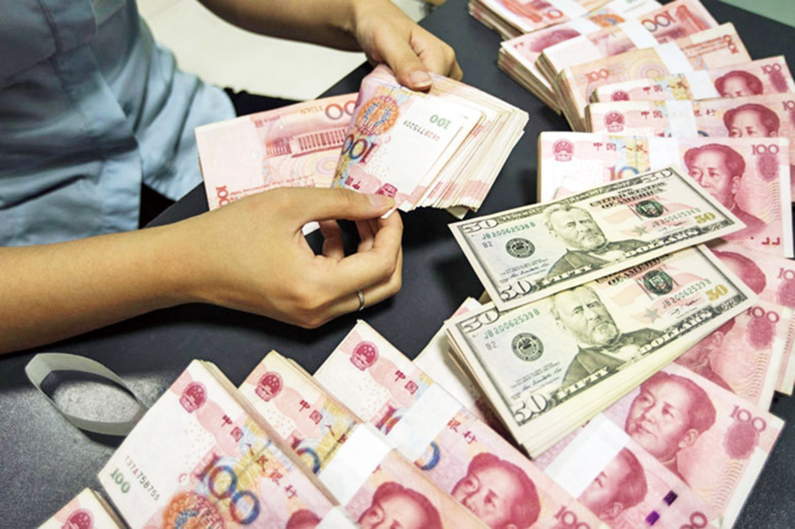 避險貨幣大幅升值