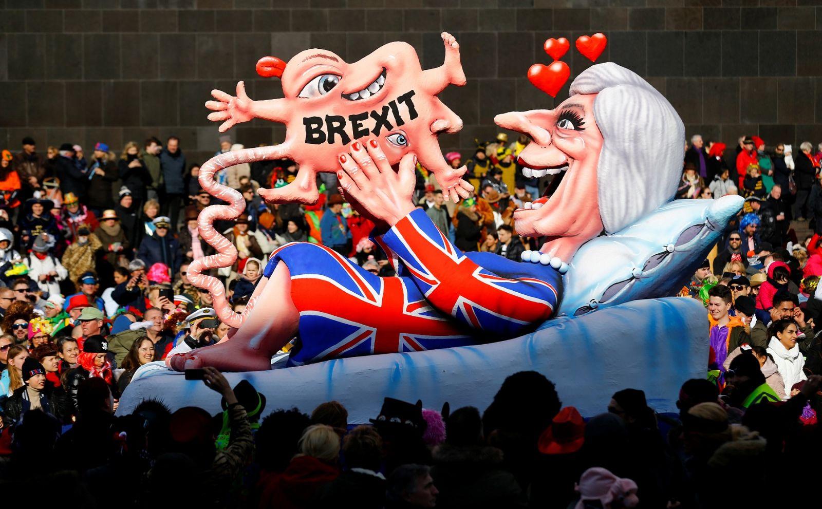 英國脫歐脫成點