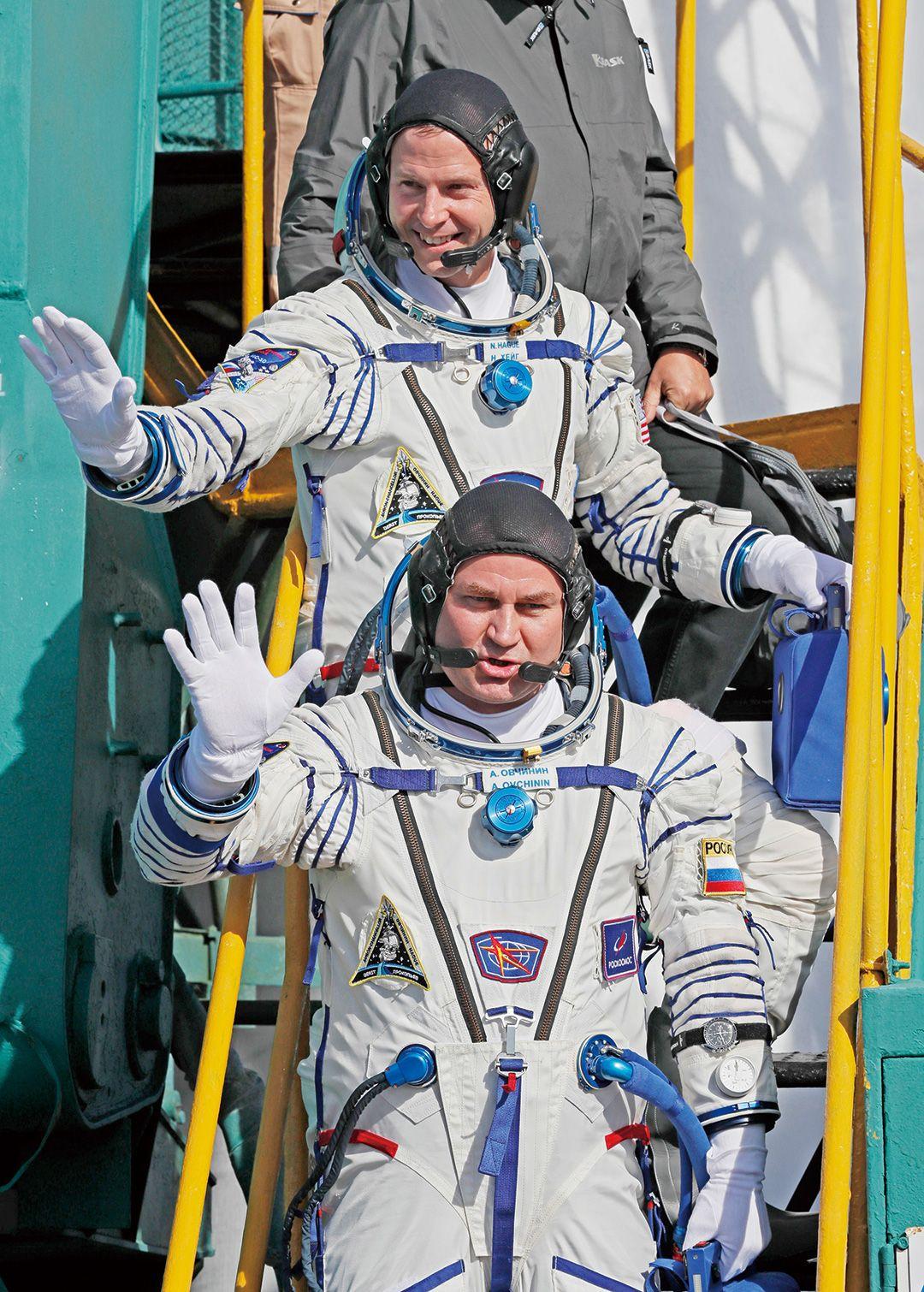 美俄兩太空人緊急迫降生還