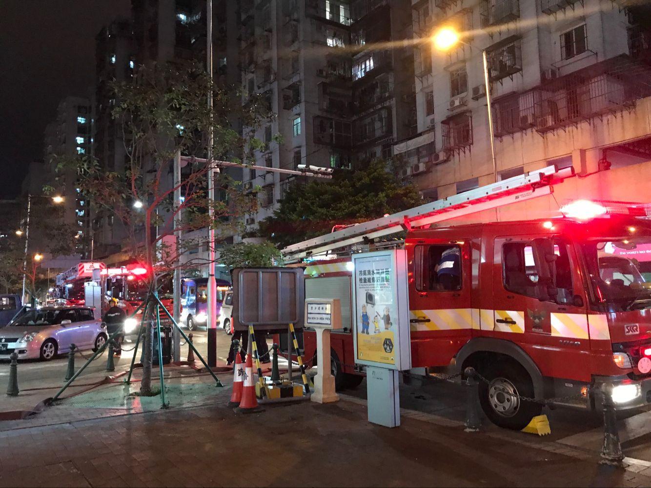 廣華新邨單位疑露台鞋櫃起火