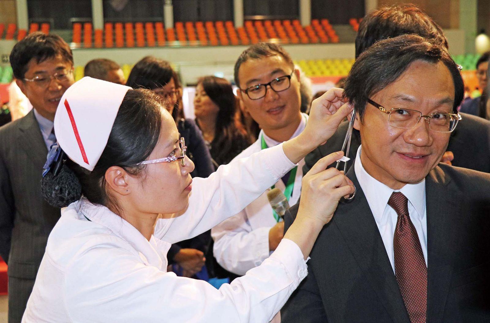 譚司:支持投身中醫藥學人才