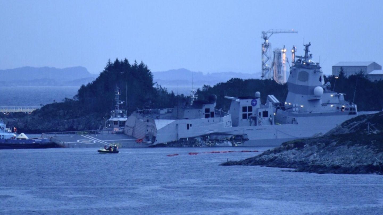 挪威神盾艦撞油輪傾側