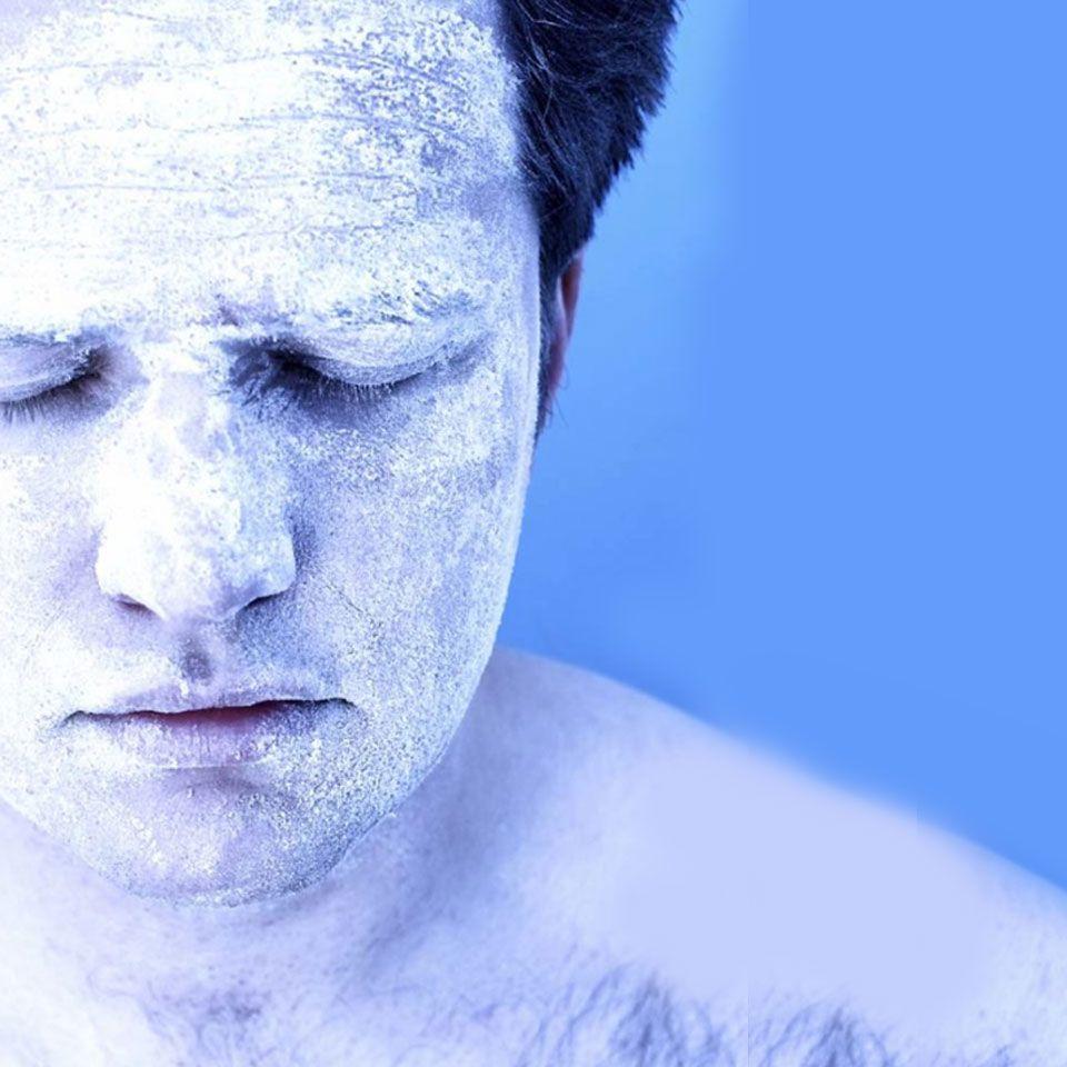 冷凍屍體震成粉末 回歸大自然