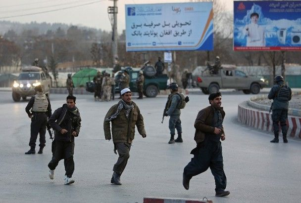 阿富汗政府大樓遭襲逾50死傷