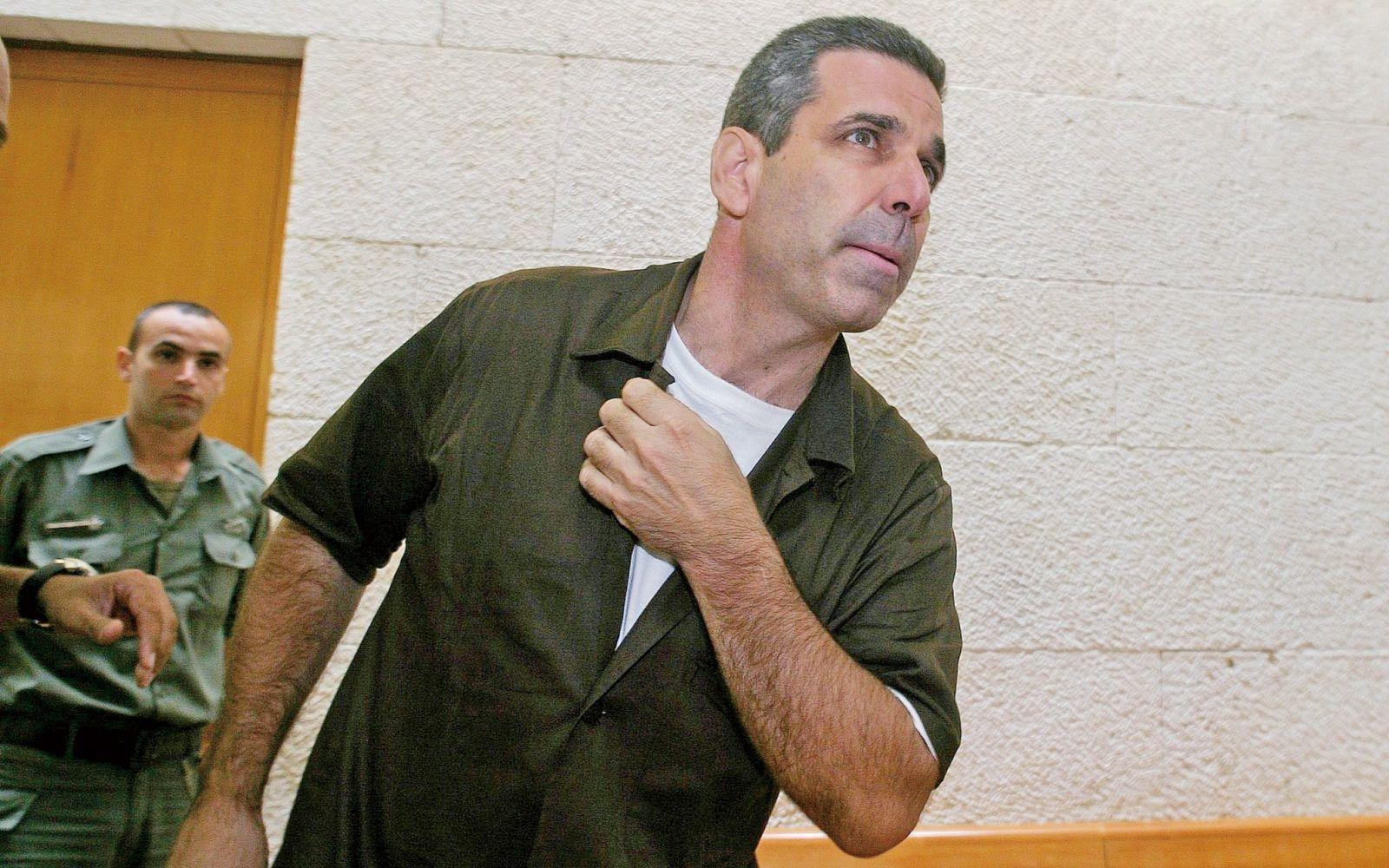 以色列前部長將囚11年