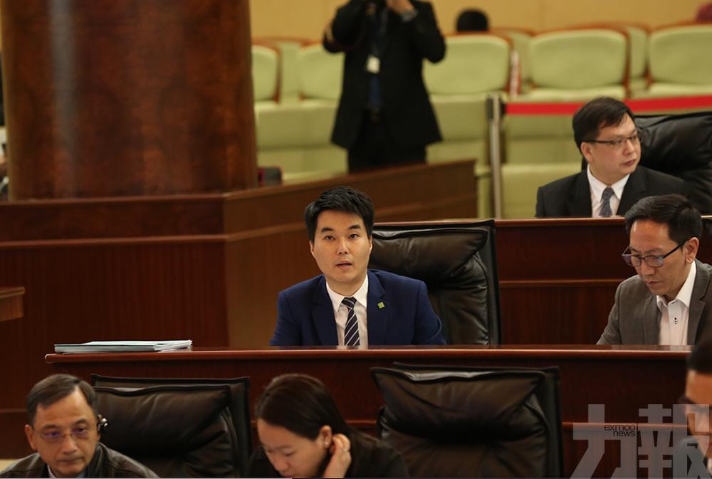 蘇嘉豪青洲坊防火閘事件辯論動議遭否決