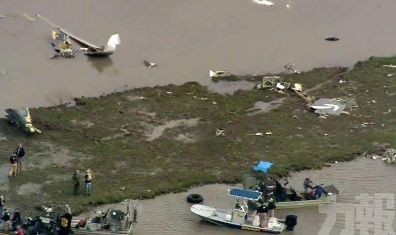 載3人波音767貨機美國德州海灣墜毀
