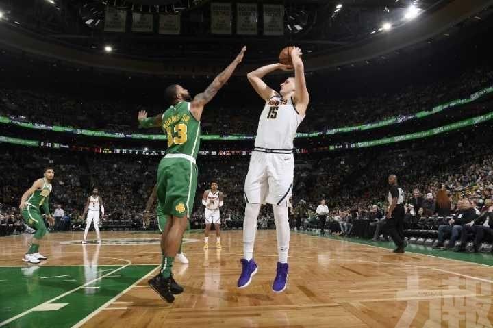 金塊挫綠軍晉身NBA季後賽