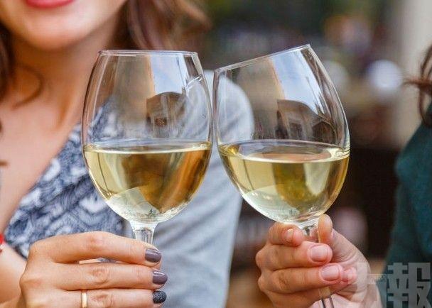 英研究:每周飲750毫升酒增患癌風險
