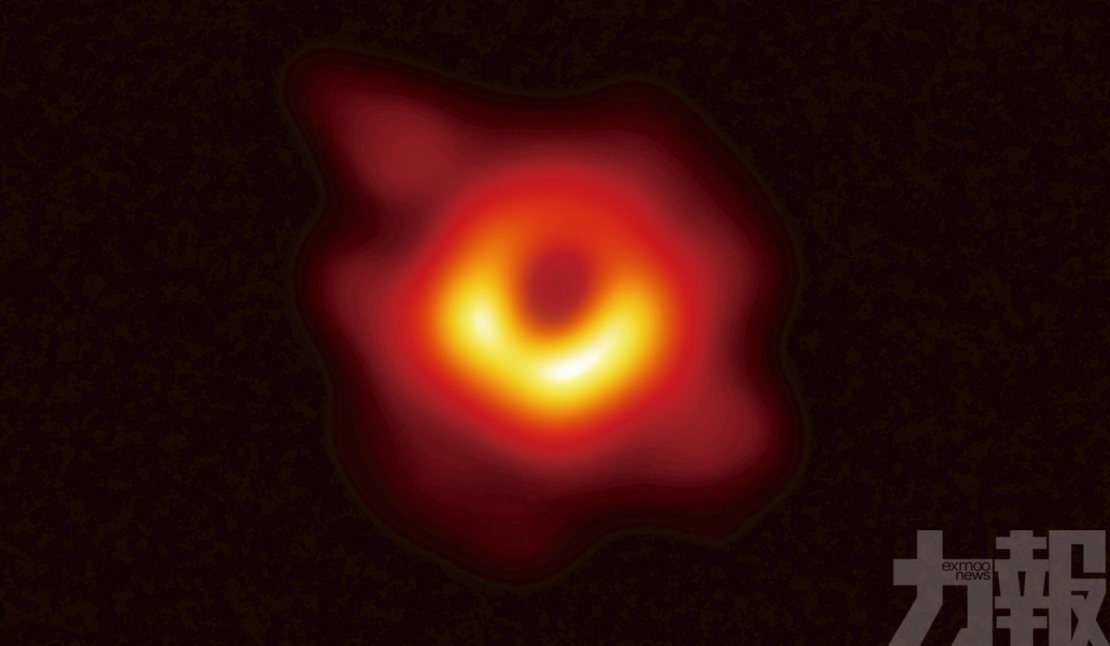 人類首次凝視宇宙深淵
