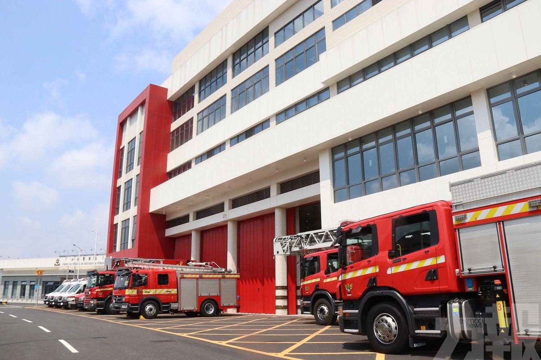 站內75名消防員駐守