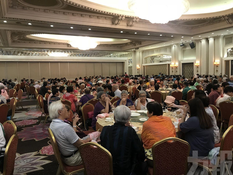 市政署「萬壽荷花宴」逾360名長者參與
