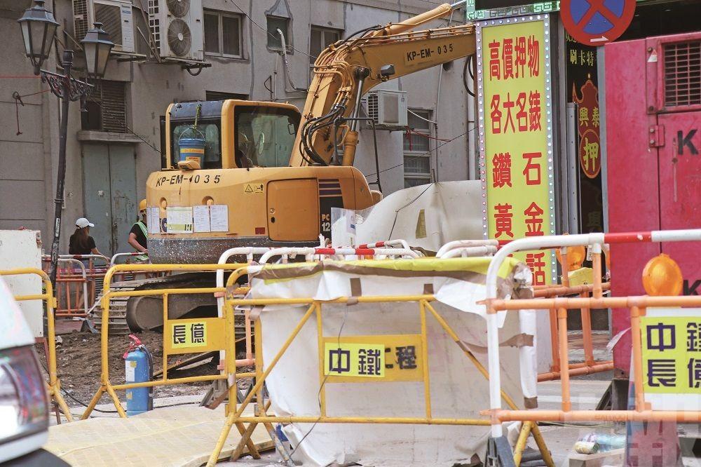 交通局:今年大型工程減少