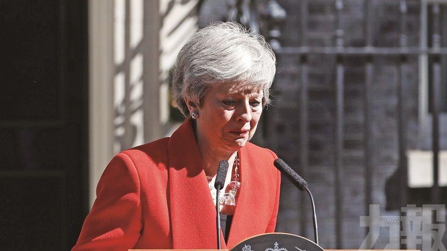 政客治國無能 女王很失望
