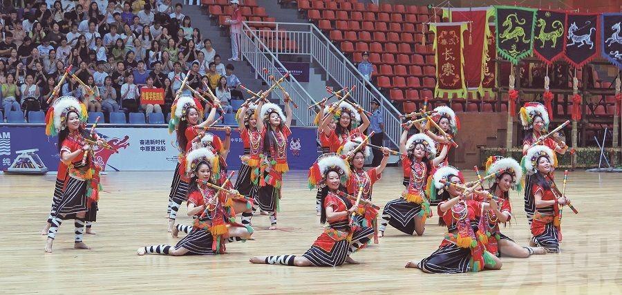 觀摩全國少數民族傳統運動會