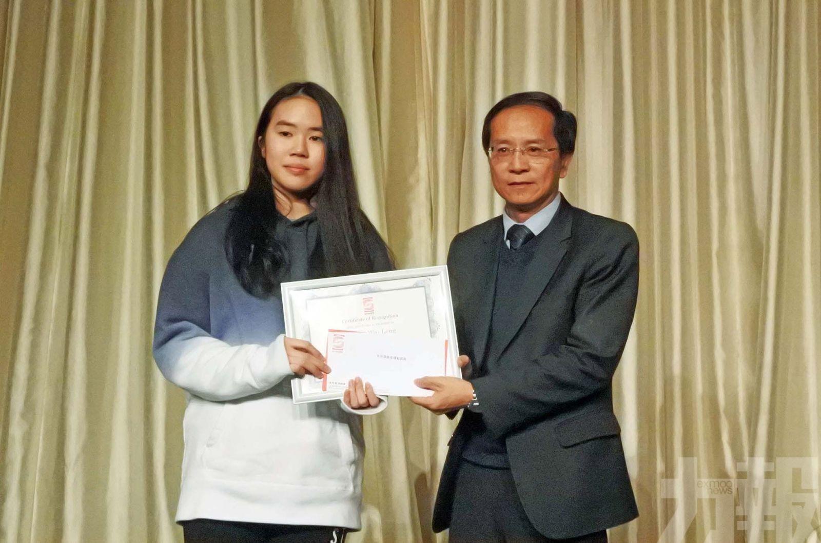 楊慧鈴榮膺全年最佳壁球運動員