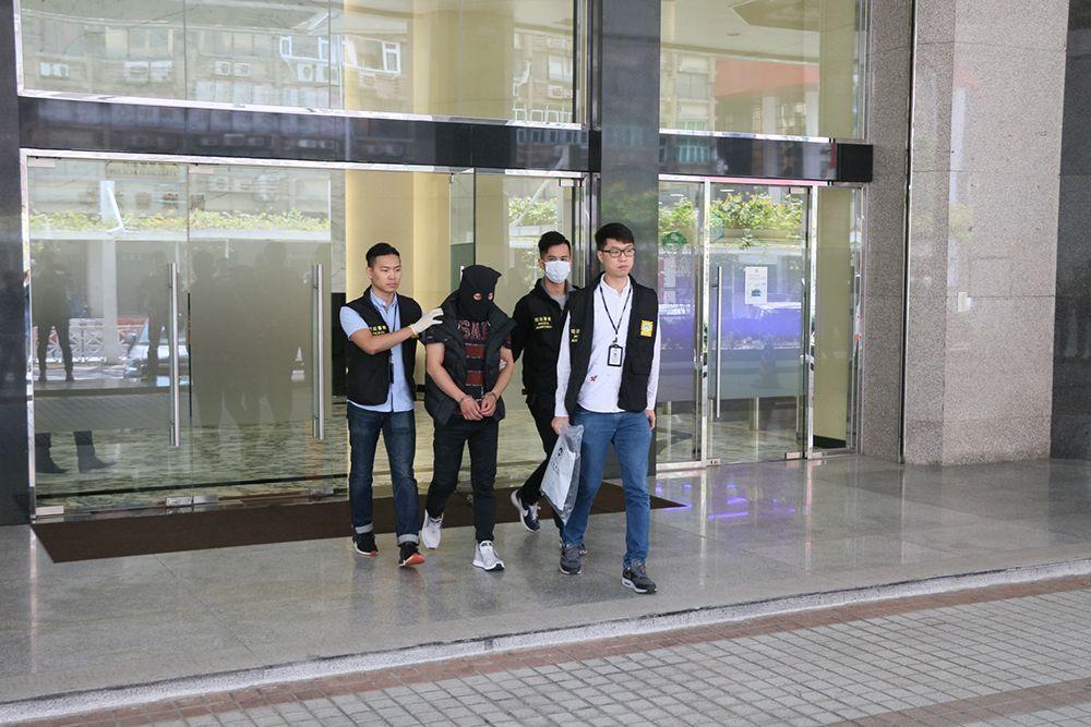 電騙集團骨幹台男機場被捕