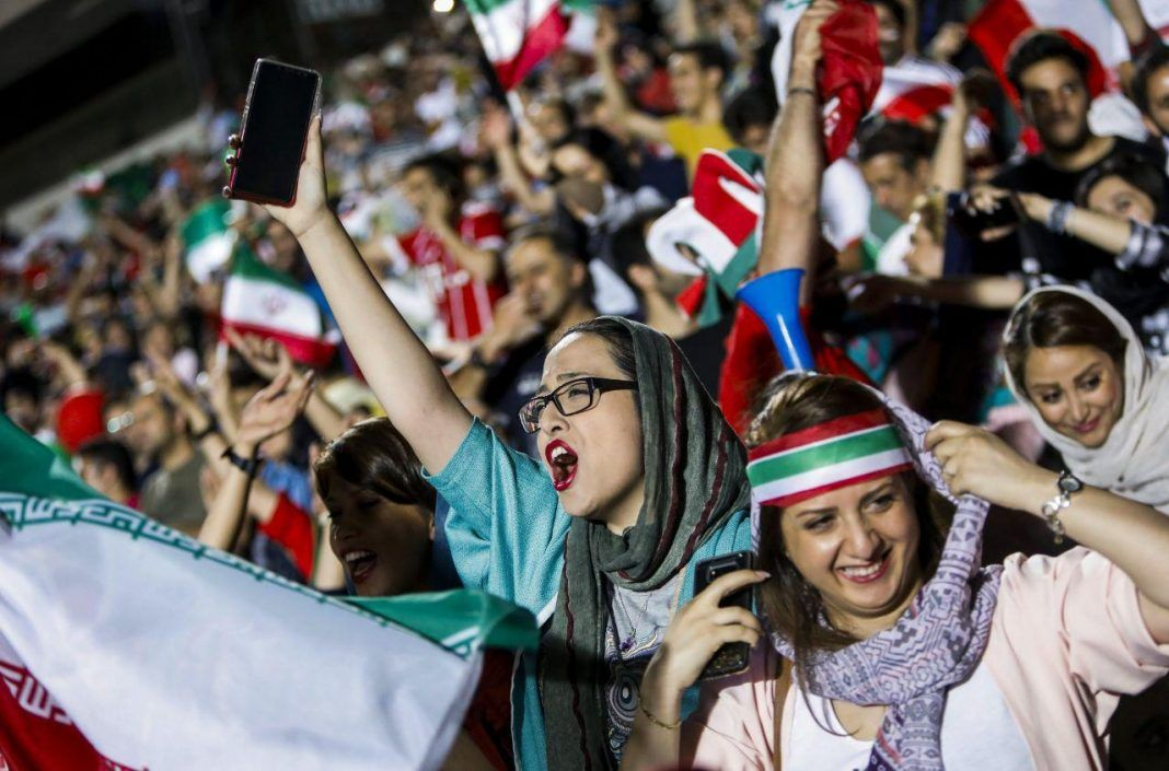伊朗女性用了近40年
