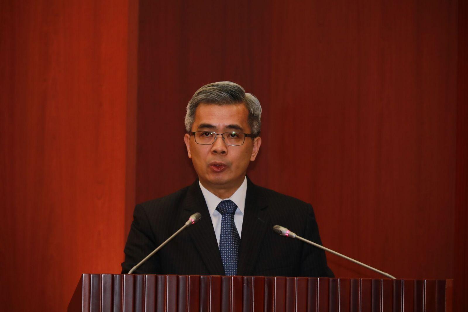 新任保安事務局局長郭鳳美就職