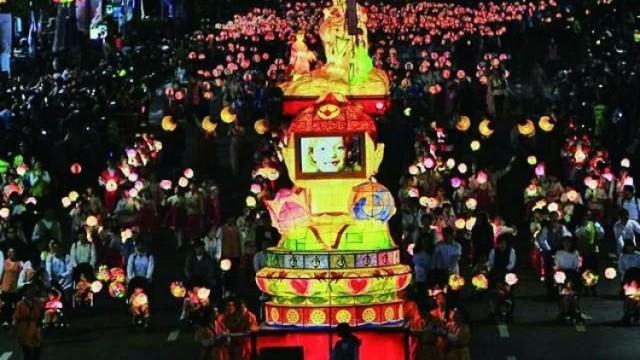 傳承千年! 燃燈慶典登陸首爾