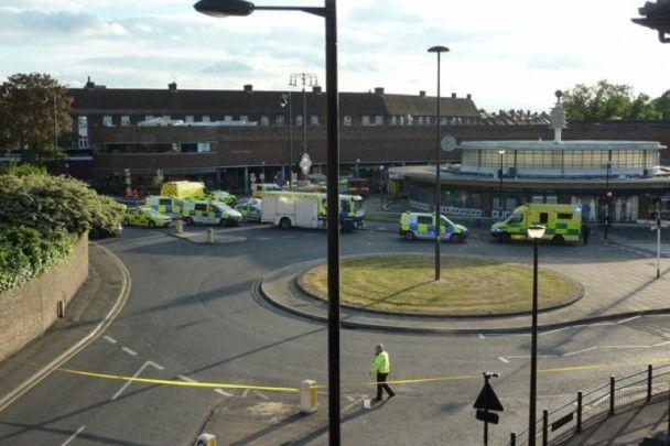 倫敦地鐵南門站輕微爆炸五人傷