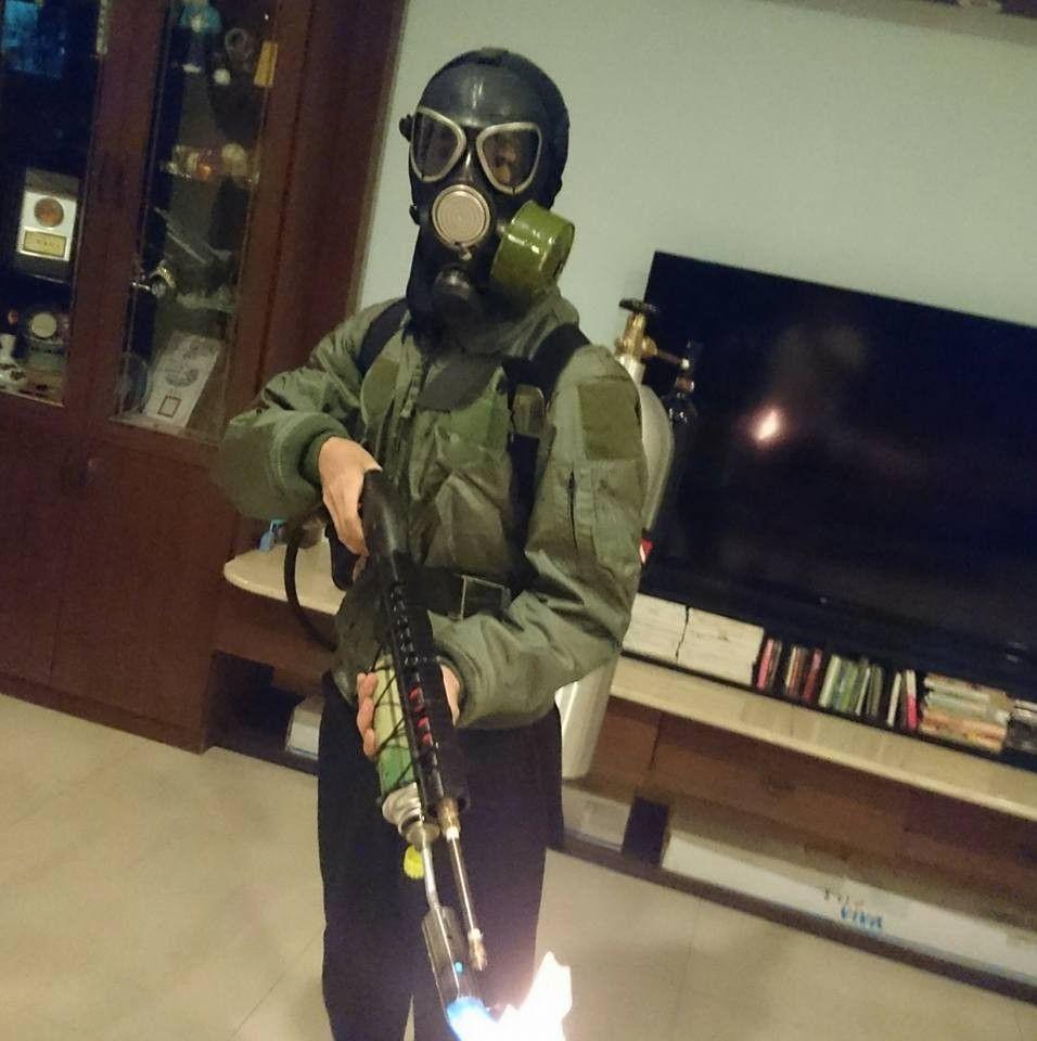曾自學自製火焰槍實測