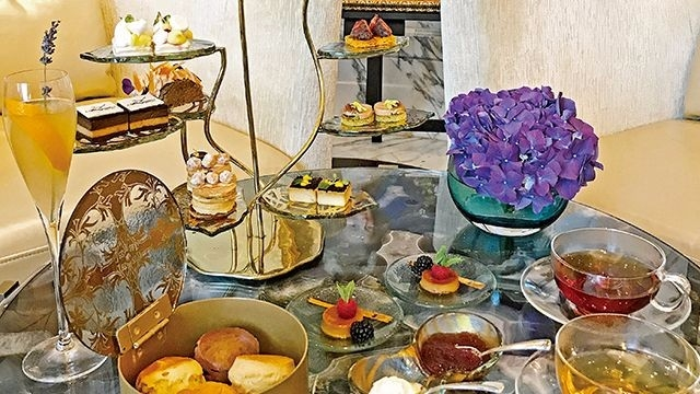 RC × Breguet 屬於皇后的下午茶