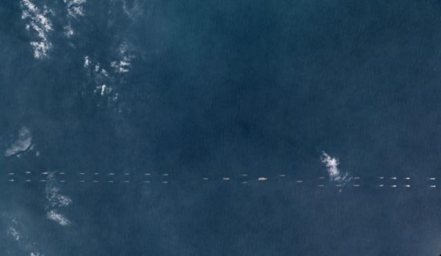 據報中國約40艘軍艦於南海軍演