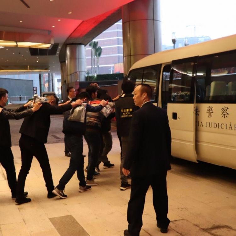 兩賭場拘31名內地「換錢黨」