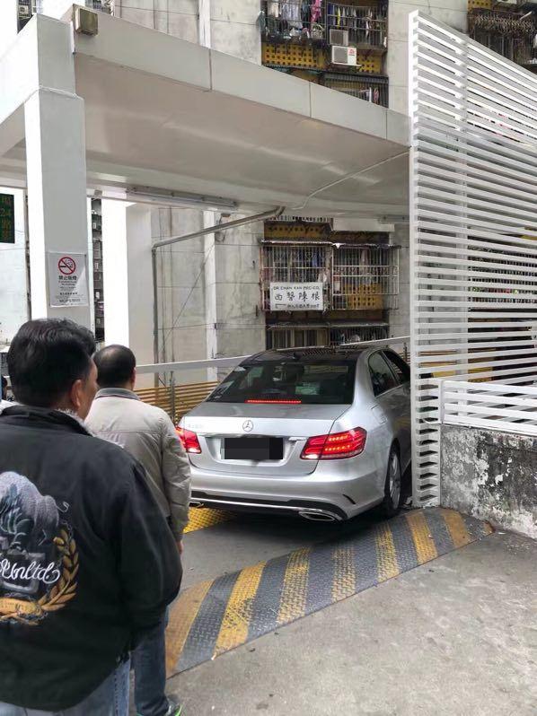 街坊協助脫身 司機身份未明
