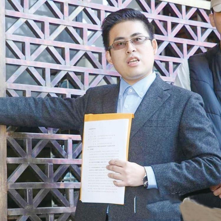 王炳忠告媒體誹謗