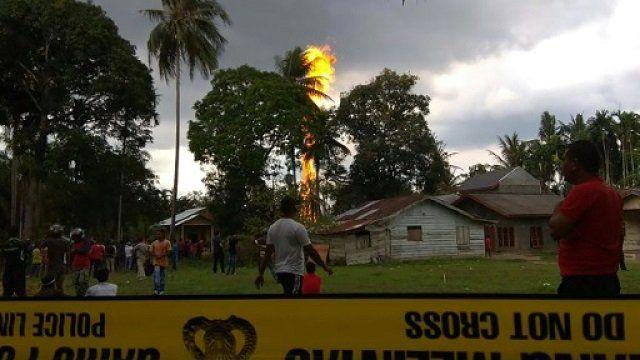 印尼非法油井起火 至少十死
