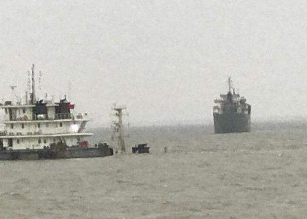 三人獲救 十人失蹤