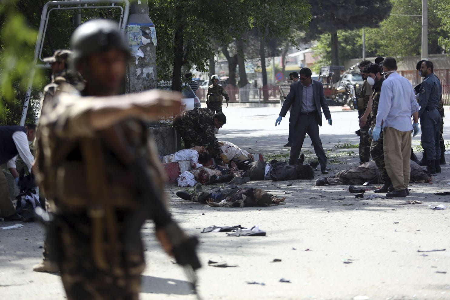 11死16傷 死者均為宗教學生