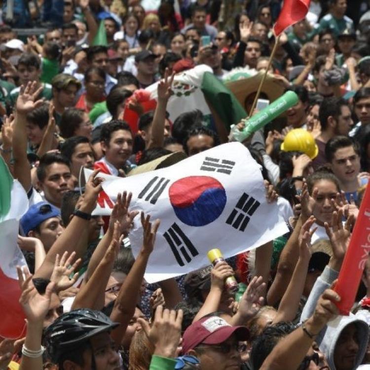 墨西哥人湧韓國使館道謝(有片)