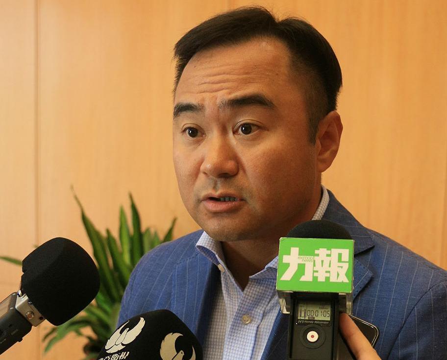 鄭安庭稱政府審批賭檯日益嚴格