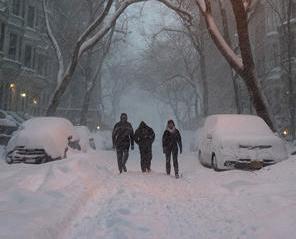 暴風雪襲美東19死