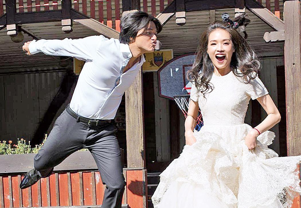 平著H&M環保婚紗