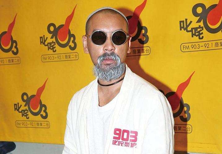 麥浚龍搵三大型男鬥戲