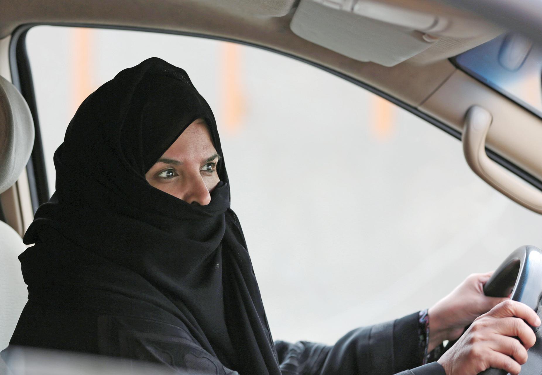 沙特允女性駕車