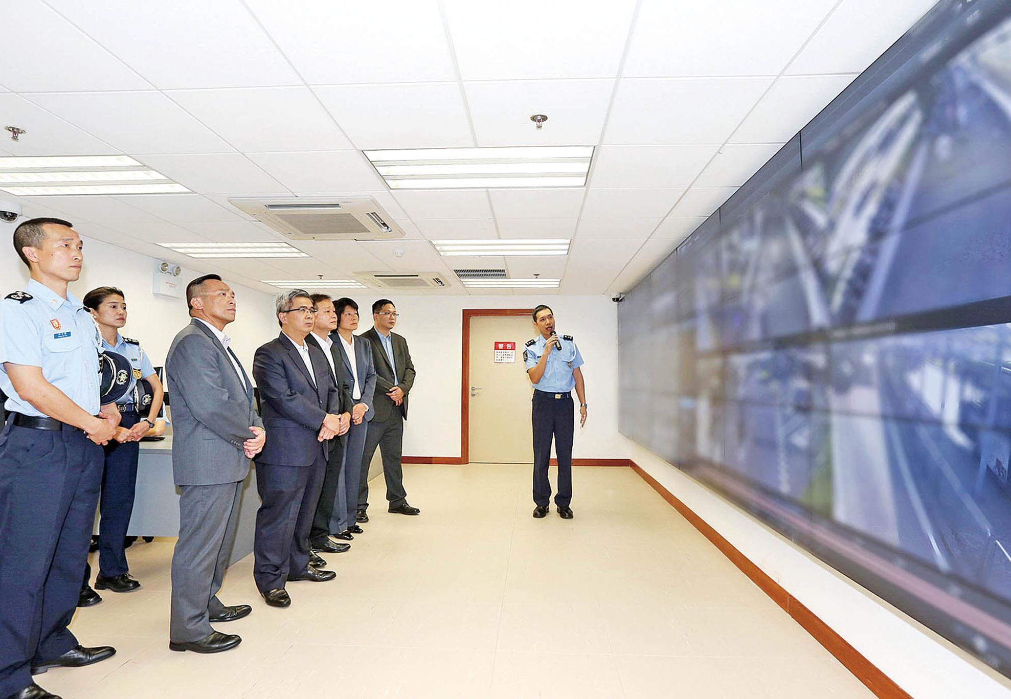 為科技強警及維護治安打基礎