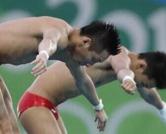 林躍陳艾森強勢奪冠