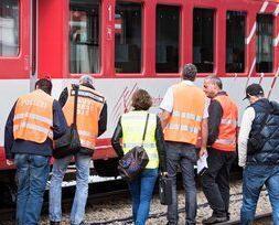 瑞士兩火車相撞27傷