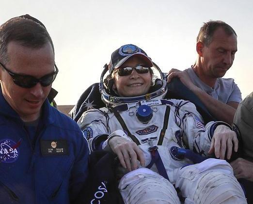 女太空人飄665日破美紀錄