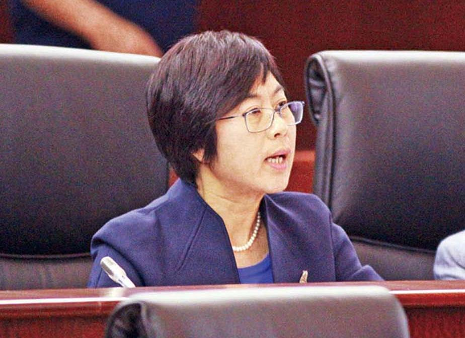 議員一致通過《凍結資產》法
