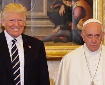 網民:教宗黑面合照