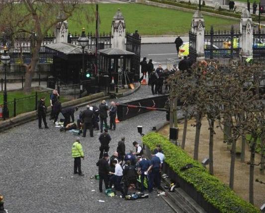 英國國會外恐襲增至五死40傷