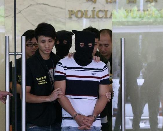 司警破偽基站拘兩越南漢