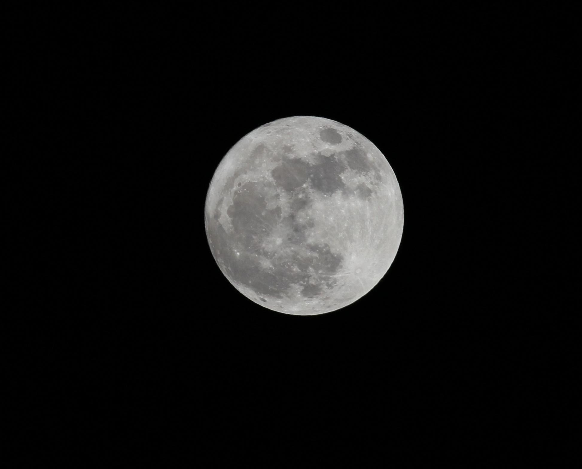 「超級月亮」晚上登場